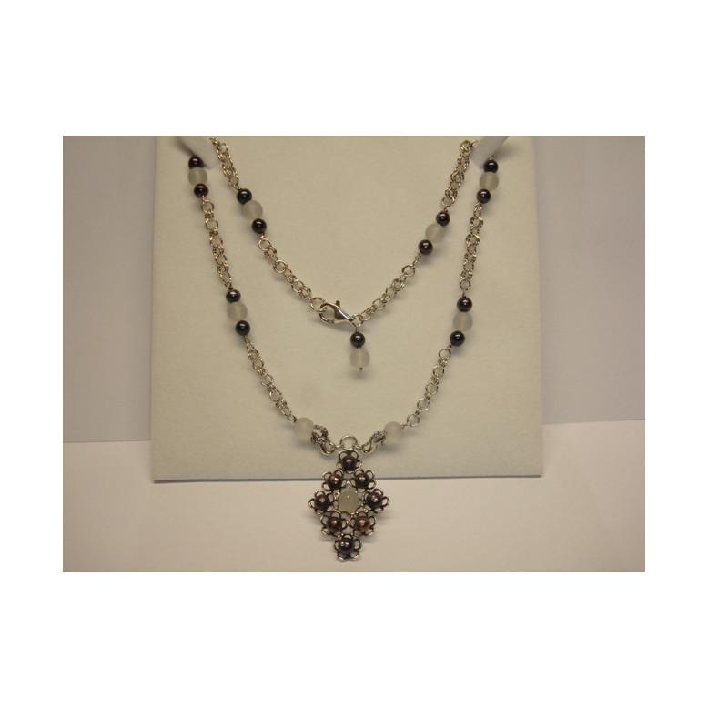 00b447bcdfdb Colgante y collar de perlas - Joyería Collares y Colgantes - León d...