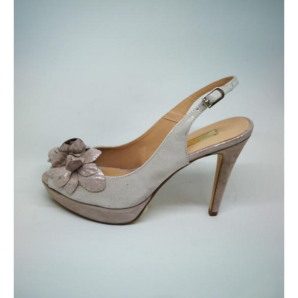 Sandalia plata flor
